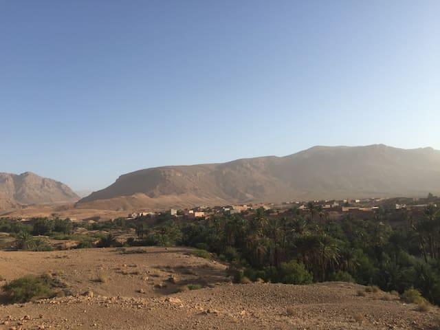 Marokko, Tinejdad, Hoge Atlas, Igoudmane - Tinejdad - Inap sarapan