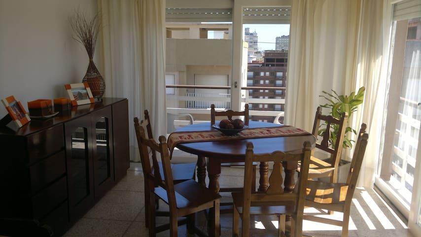 excelente ubicacion frente al mar - Miramar - Apartament
