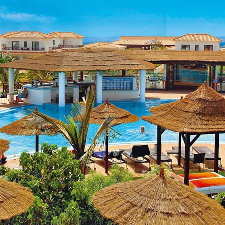 Ann's Rentals 2 Bed Apt Tortuga Beach Resort 278