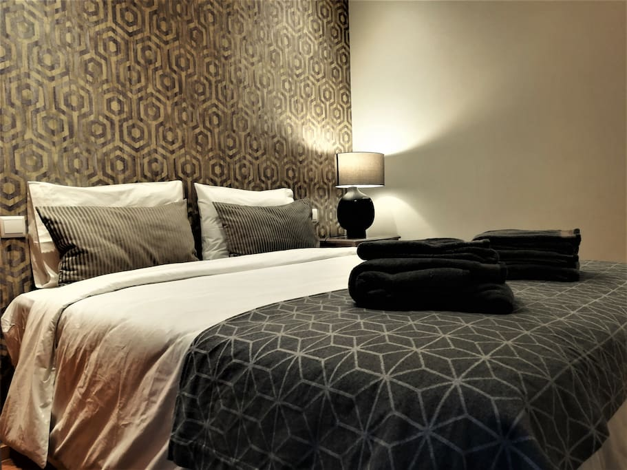Bedroom 2 (it can either be prepared with 1 double bed or 2 single beds)