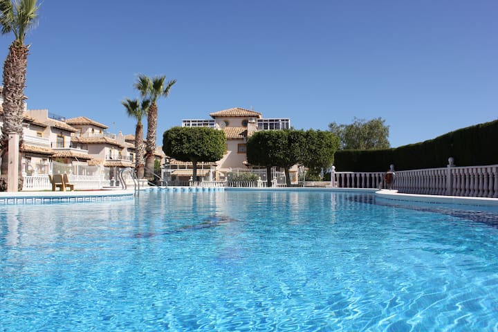 Some sunny days in the best climate - Orihuela - Hus