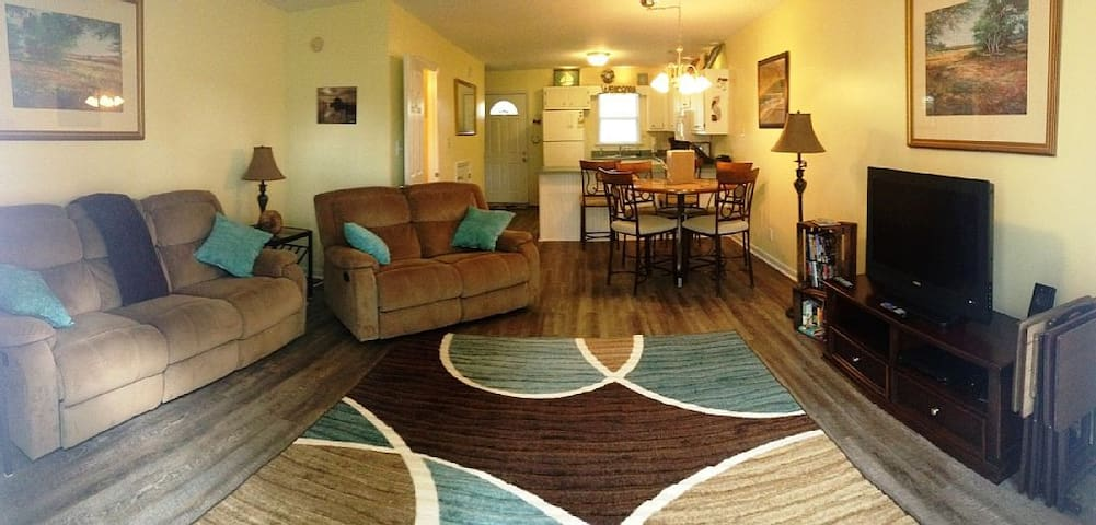 Serene vacation getaway close to the Crystal Coast - Swansboro