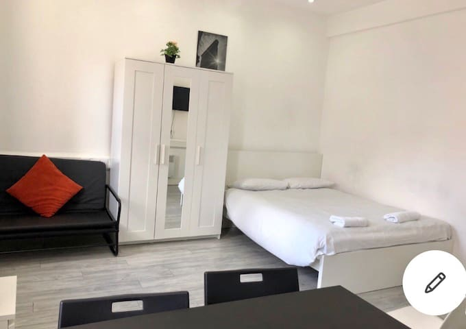 Big One bedroom apartment near to Central London