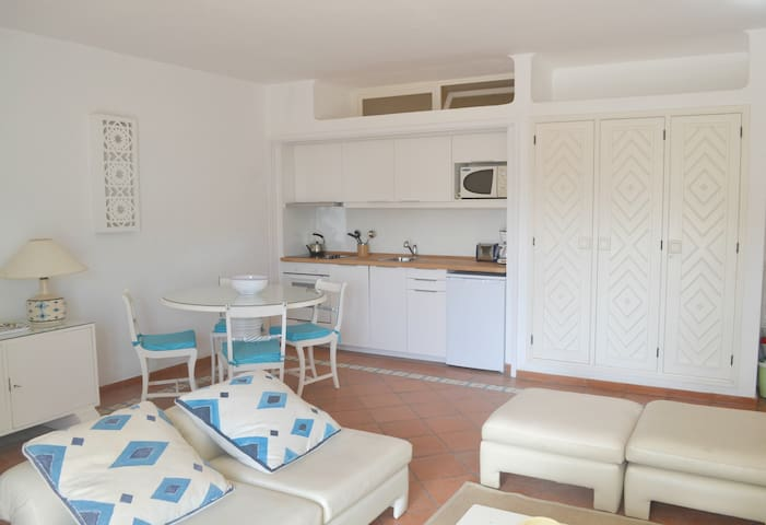 Beachfront Resort Prainha Sunny apartment - Alvor - Apartemen