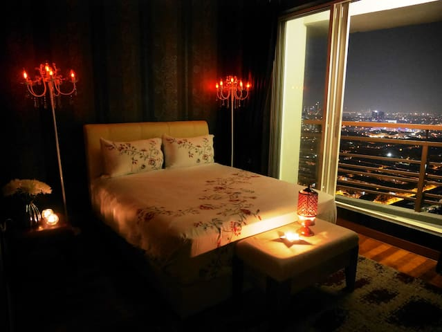 Amazing Private Room with Spectacular Views