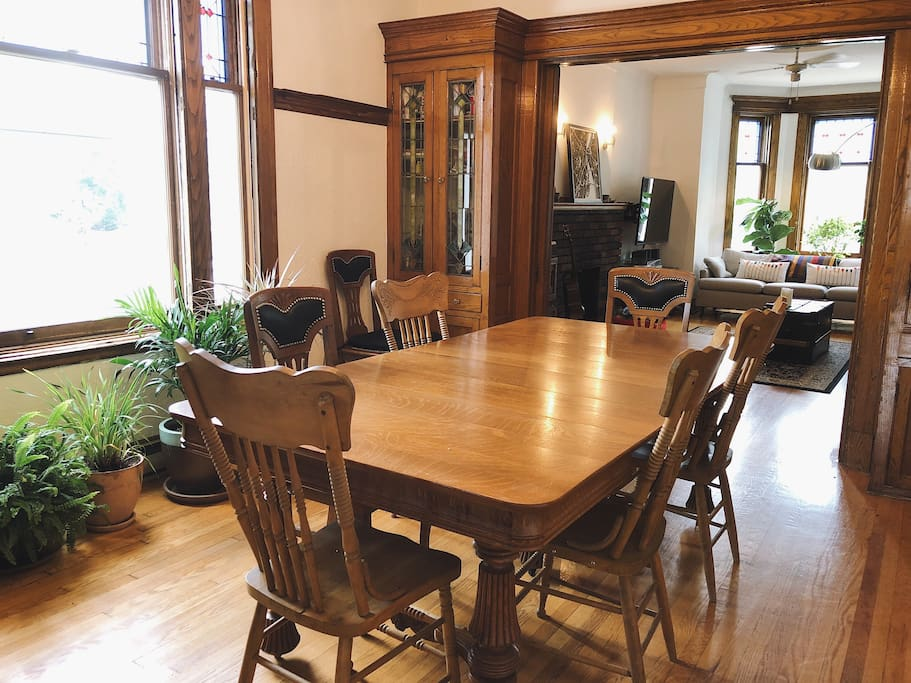 Our dining room communicates with the living room.