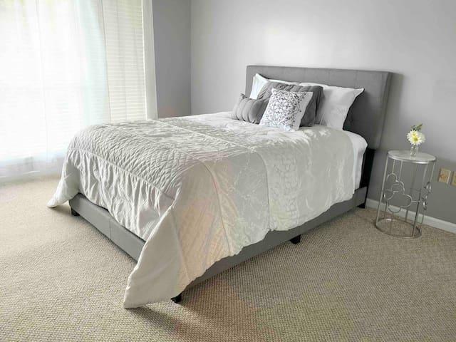 Bedroom 2 Queen size bed with pillow top mattress