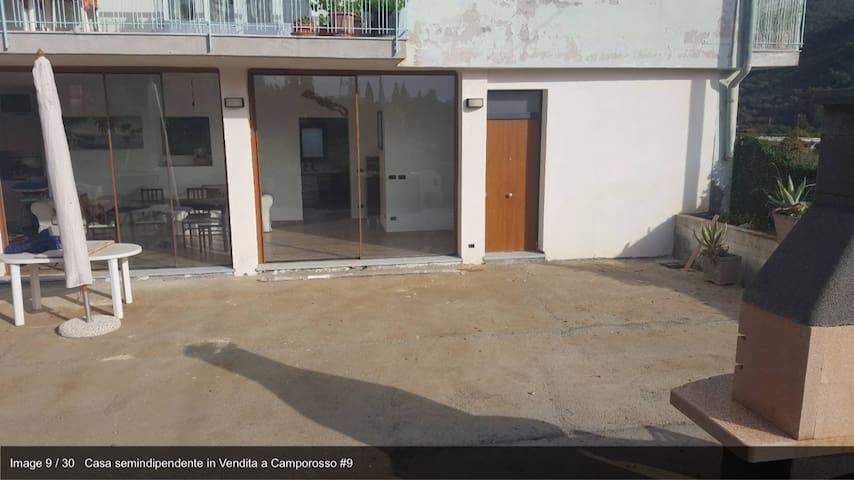 appartamento con giardino - Camporosso - Řadový dům