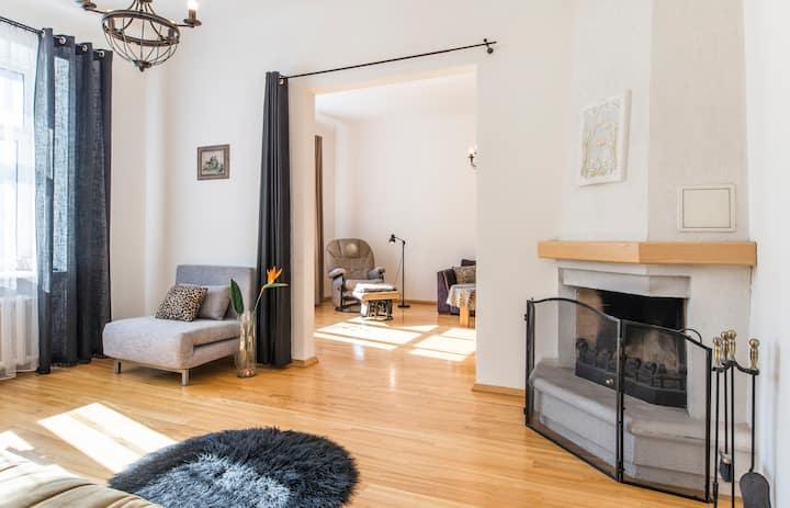 Spacious 85 m2 Apartment in the Centre of Riga