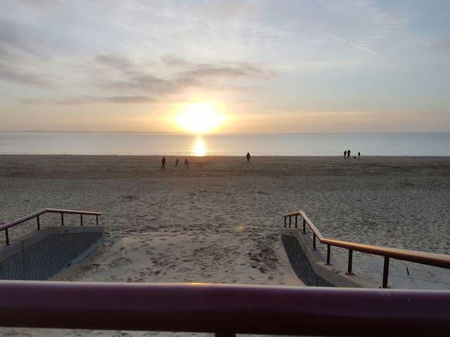 Rockanje aan zee.  7 min. lopen naar het strand. - Rockanje - Ev