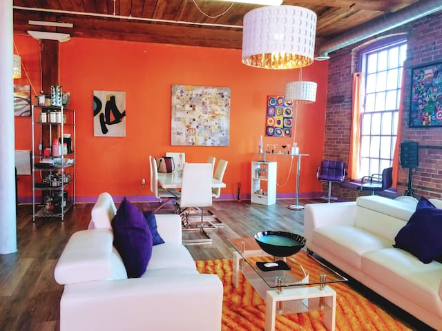 River View Loft in Downtown Detroit