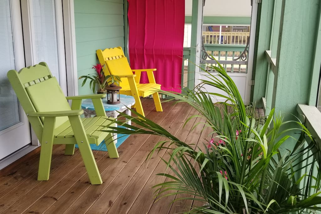 """Bethany said..  """"I couldn't have imagined a more perfect spot for our first family vacation to the beach. We took our 6 year old, 3 year old and almost 1 year old daughters for their first trip to the beach. The Sea Green Haven was a true home away from home for us. We were blown away with how much thought went into every detail......Our kiddos enjoyed the screened in porch, BBQing out back at night, and relaxing as they watched Netflix (so many options to choose from). The Sea Green Haven was super close to the beach in Rockport, shopping and entertainment."""""""