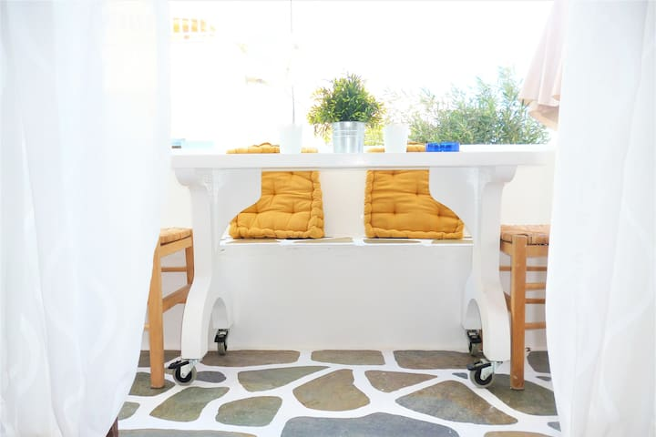 Charming apartment with balcony for 4 persons - Paros - Lejlighed