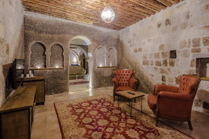 Lunar Cappadocia Hotel Superior Suit Room