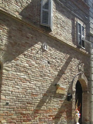 "B&B ""La Casa del Prete"" - Camera Tuscania - Ripatransone - Bed & Breakfast"