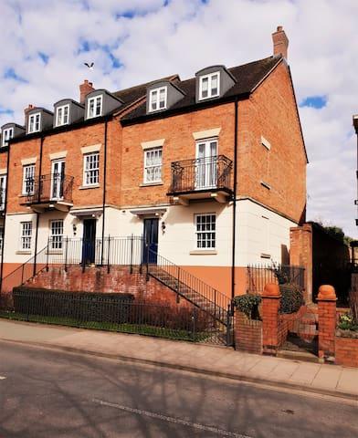 Benbow Quay Apartment 87