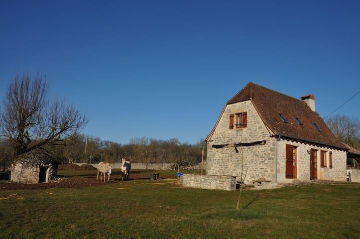 Mas de Magal - ferme du Causse - Gramat - Casa