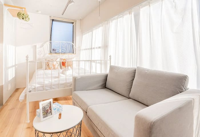 R301 Cozy Apt at Ebisu for 2, Free Wifi!