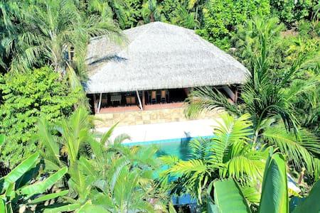 Luxurious Two Bedroom at Casa Azul Rio!
