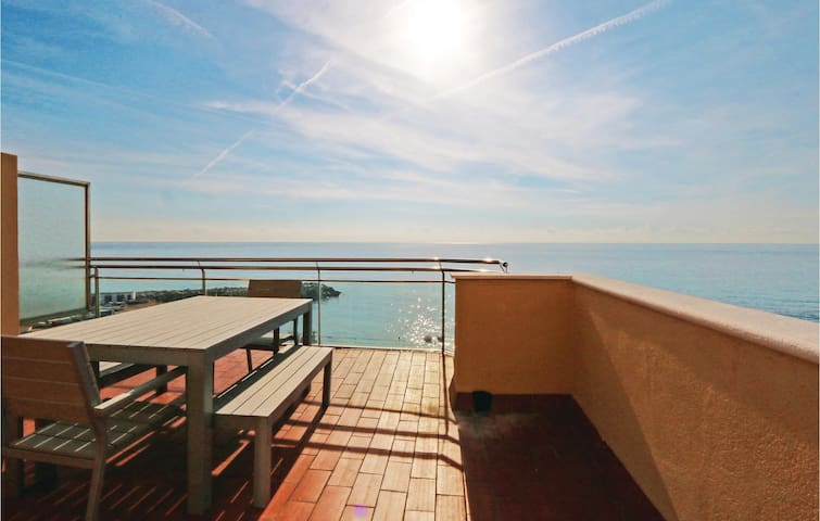 Holiday apartment with 2 bedrooms on 60m² in Vilassar de Mar