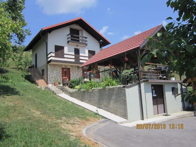 Apartment&summer kitchen, nature, near SPA Olimia
