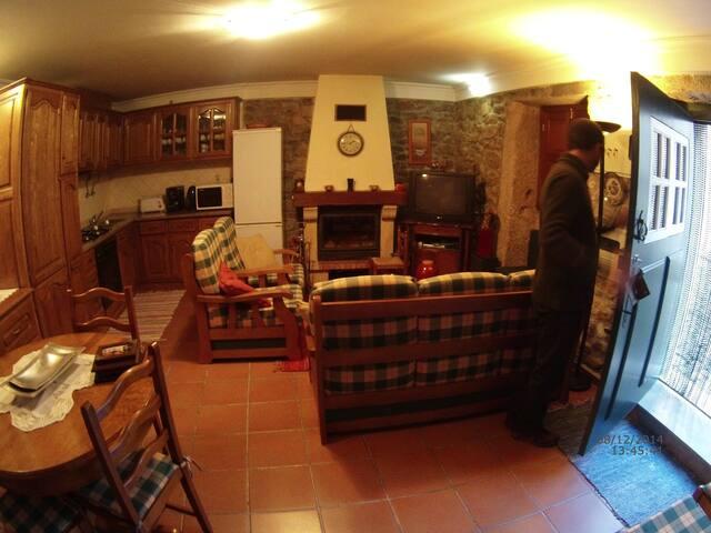 Casa de Almeida - Almeida - Haus