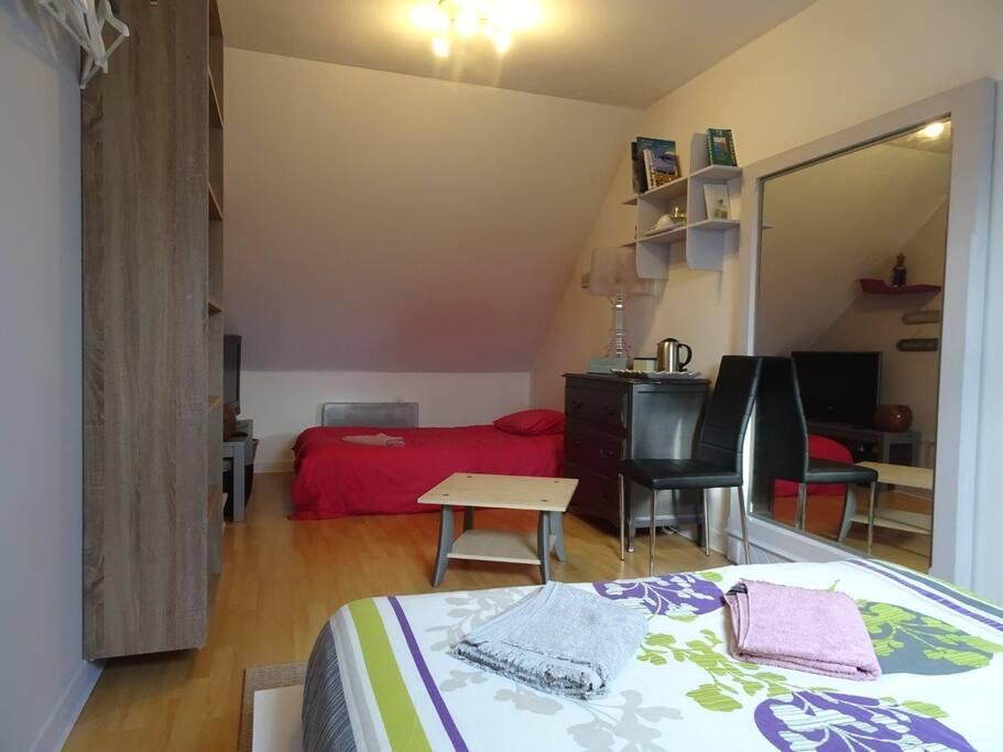 2ème lit 120 cm (canapé lit) pour 1 adulte ou 2 enfants