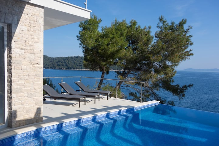 Villa Carpe Croatia, Croatia Luxury Rent