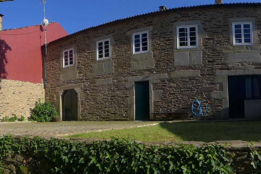 Casa de piedra en aldea gallega houses for rent in prado - Casas de piedra galicia ...