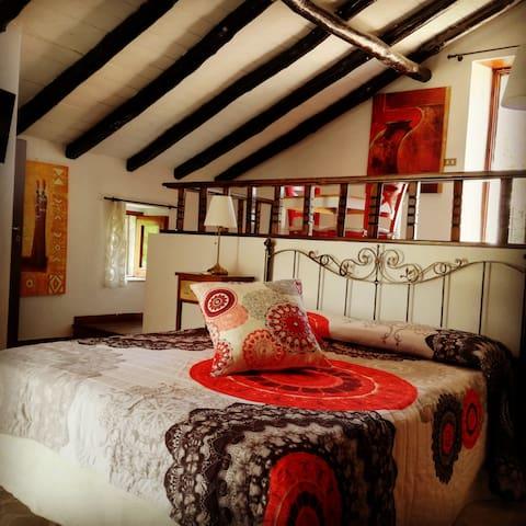 Petralava Etna B&B Red Room