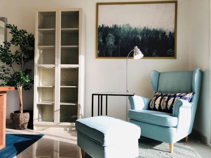 Modern 3 bedroom villa - pool view & beach access