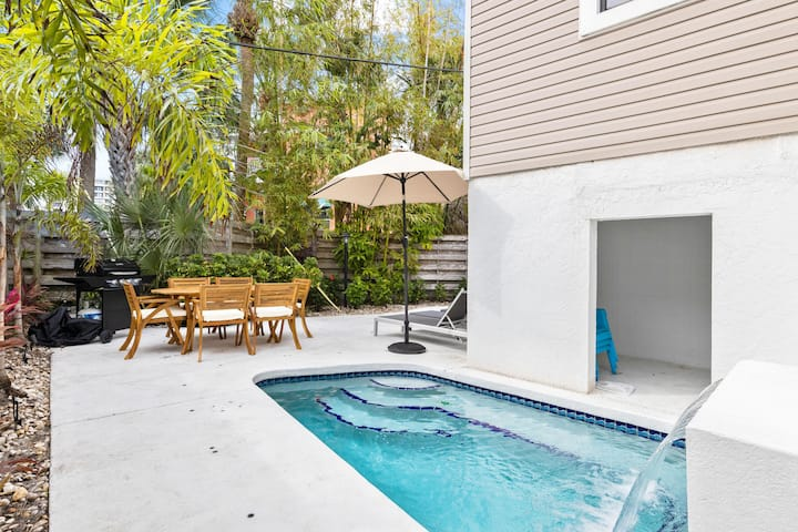 New Listing! Villa Fiesta - Ask About $99 Down!