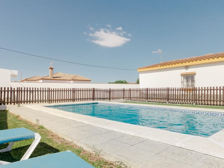 Country house with private pool in Conil