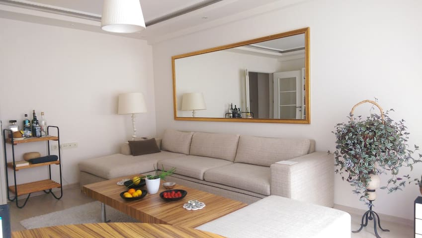 Well Furnished Flat next to Ramada&Osmanbey Metro