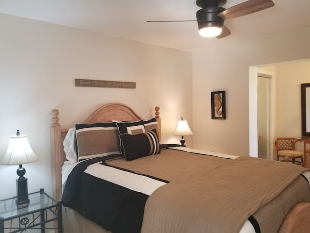 #3 bedroom with sitting room, bathroom and a full size crib that can be set up