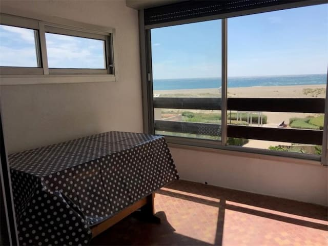Type 2+cabine 5 couchages PORT LEUCATE