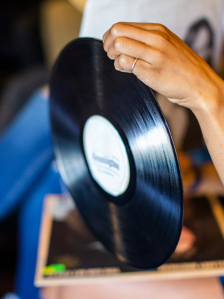 Learn how to hold vinyl properly!