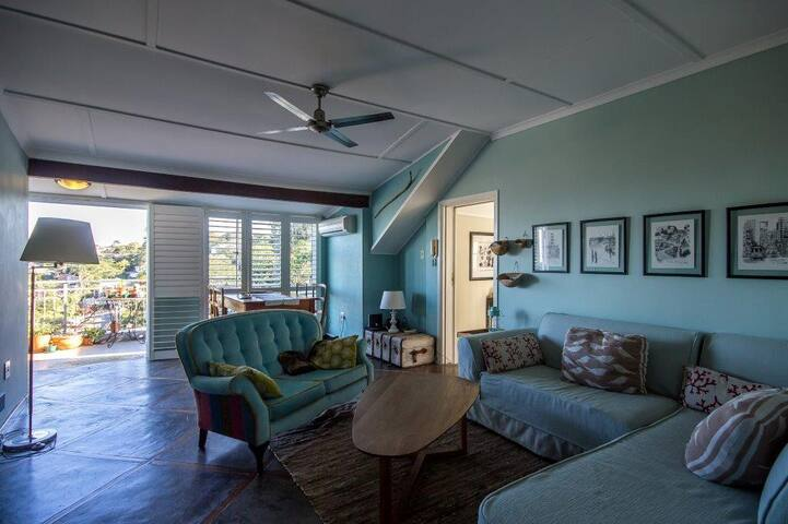 Loft apartment overlooking leafy Glenwood, Durban - Berea