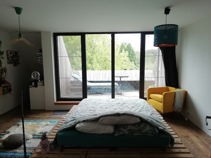 Room with terrace and outside warm shower - unique