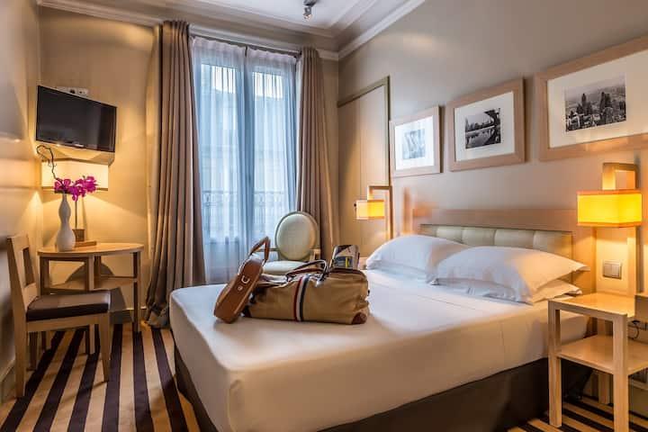 Classic room-16sqm, Breakfast incl, Champs-Elysées