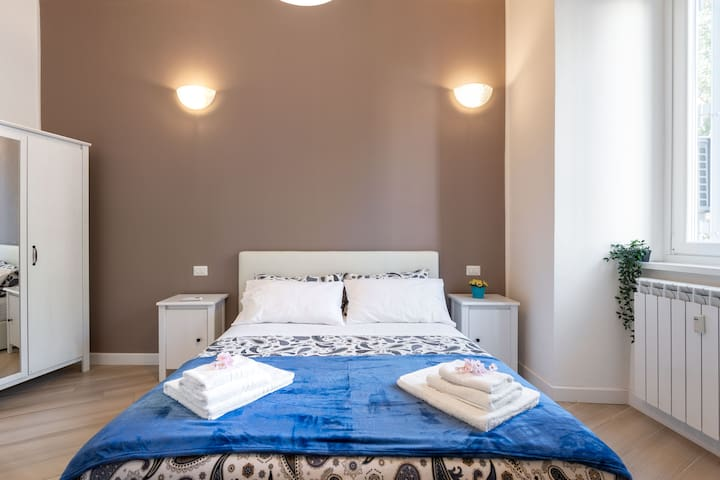 Lenzuola Matrimoniali Low Cost.A Few Steps From The Vatican Low Price New Opening Apartments