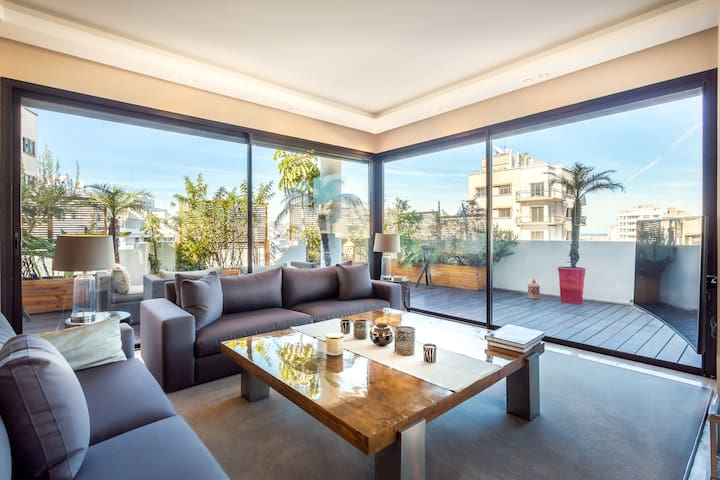 HIGH LUXURY APARTMENT IN A BEAUTIFUL DISTRICT - Casablanca