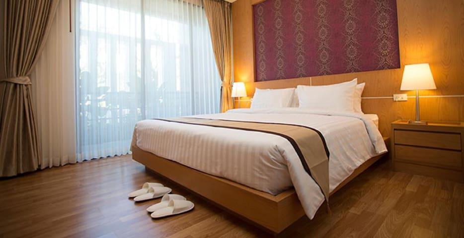 Baitong Hotel