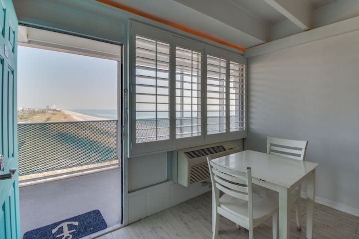 Charming condo w/ Gulf views & a shared pool - right on the beach
