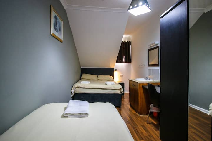 Family Rooms in Glasgow Glasgow City Centre