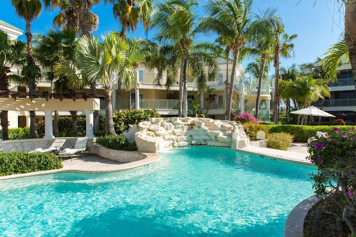 Lovely Junior Suite Garden View At Grace Bay