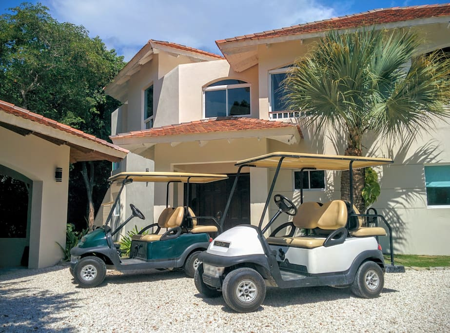 one or two golf cart to enjoy around :)
