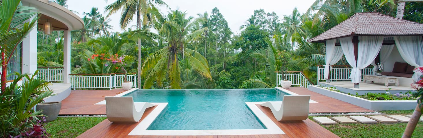 Villa Kolibri Saudara 2 BD Luxury - Discounted!