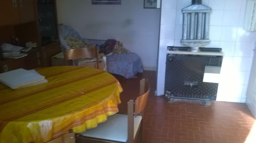 appartamento al secondo piano in Boves concentrico