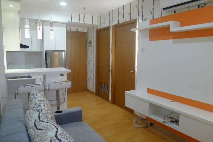 2 Bedroom Apartment Cinere Bellevue (entire home)